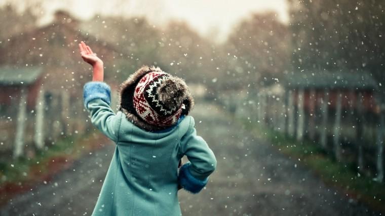 snow_fall_girl_cute_scene_walllpaper