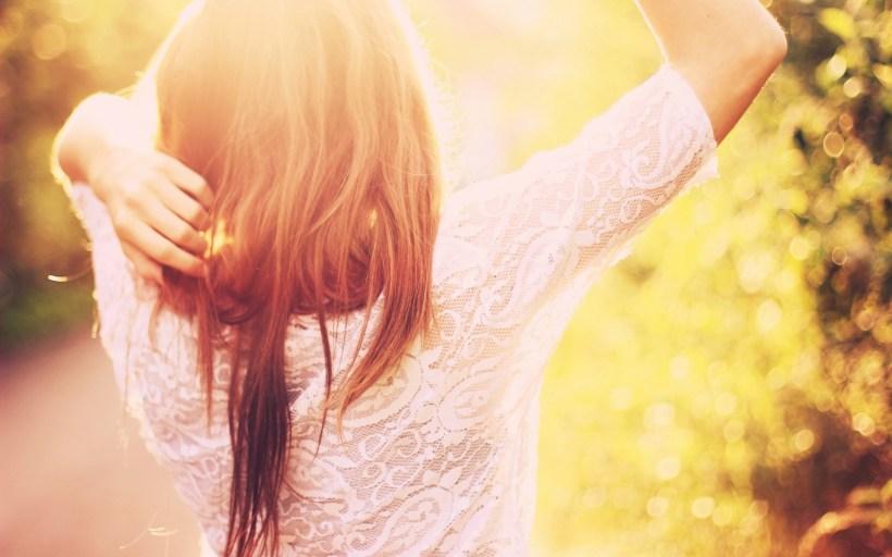 white-lace-dress-girl-sunshine